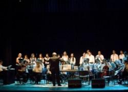 Concierto orquestal en la glorieta de la Plaza 25 de Mayo